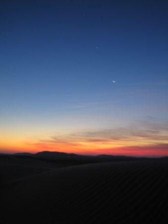 Nachthimmel in der Wüste (Oman)